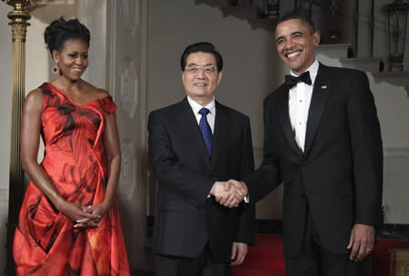 Chinese President Hu Jintao's visit to the United States the need for a smooth Sino-US relations