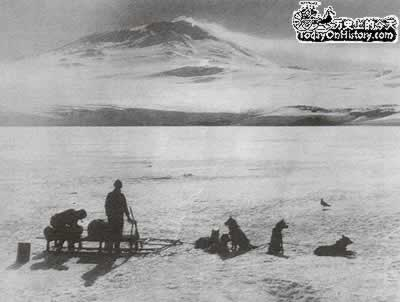 1912-1-17 Scott, a month later than Amundsen to reach the South Pole
