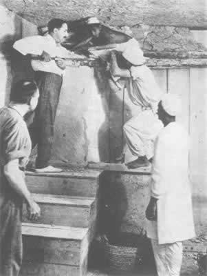 1922-11-4 Egyptian Pharaoh Tutankhamen tomb found