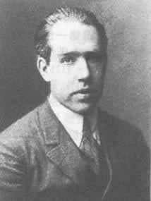 1962-11-18 Contribute to the atomic bomb Bohr's death