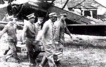 1932-2-2 The Nanjing government secretly ordered the Navy and Air Force are not allowed with the Nineteenth of combat