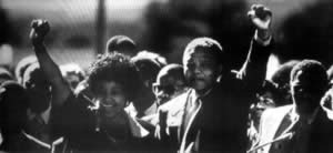 1990-2-11 South African black leader Nelson Mandela released from prison