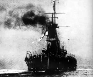 "1906-2-10 British warships a ""fearless"" water"