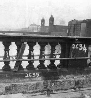 1968-2-19 London Bridge across the River Thames were removed