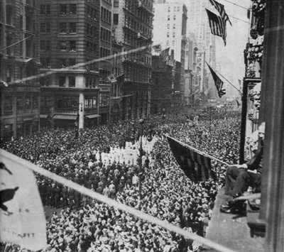 1932-3-7 Roosevelt implemented the New Deal