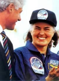 1996-3-22 American female astronaut into space Lucid
