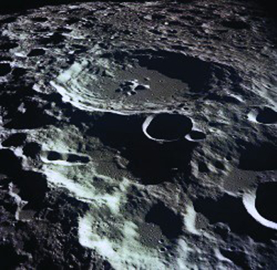 1998-3-5 U.S. scientists announced that water depths in the surface of the moon craters found