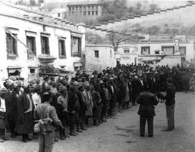 1959-3-20 Chinese government to quell the rebellion in Tibet