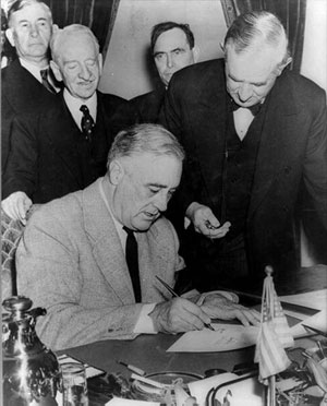 1941-3-11 U.S. President Franklin D. Roosevelt signed the loan and rental weapons bill