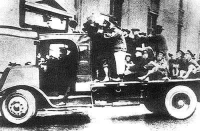 1927-3-21 Shanghai workers win the third armed uprising