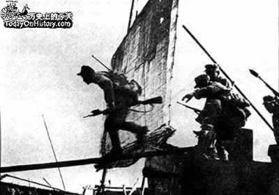 1949-4-20 Million People's Liberation Army to break through the Yangtze River line of defense