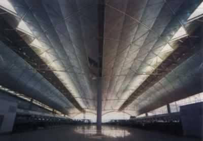 1998-4-25 The completion of the new Hong Kong International Airport