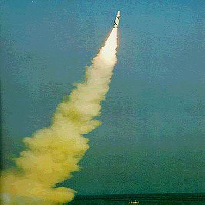 1980-5-18 China launched the first intercontinental missile