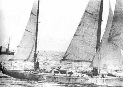 1967-5-28 Chichester victory completed a solo sailing