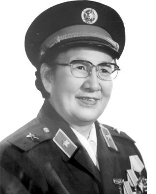 "2007-7-9 The whole army first ""Nightingale Award winner Li Xiufang comrades died in Lanzhou"