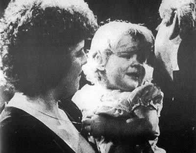 1978-7-26 The first test-tube baby was born in London
