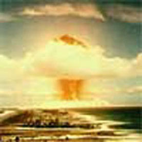 1953-8-14 Soviet Union announced has hydrogen bomb