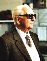 1988-8-14 Ferrari car company founder Enzo Ferrari died in Modena