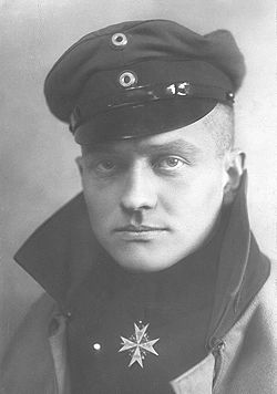 1916-9-17 Richthofen, the German pilot to shoot down enemy aircraft over France for the first time