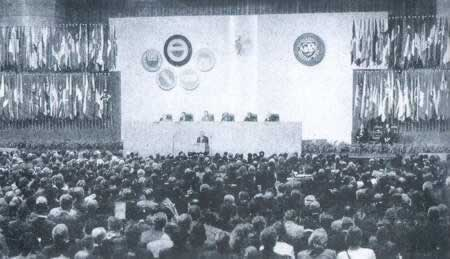 1997-9-25 After the return of Hong Kong organized the first large-scale international meeting